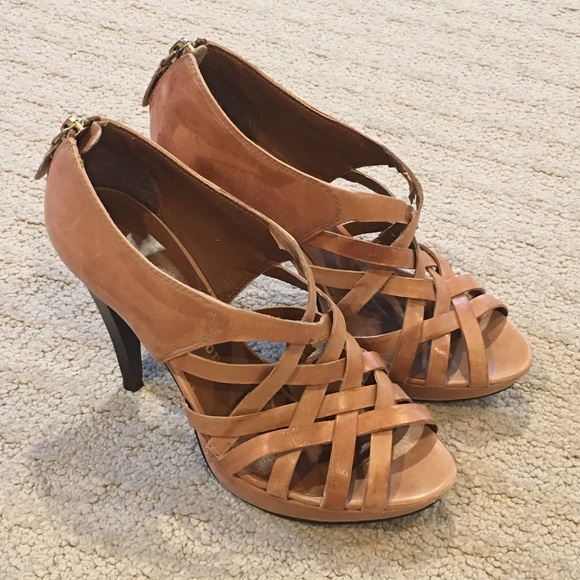5c99068e6 Chinese Laundry Shoes - Chinese Laundry tan leather strappy heels sandal 6